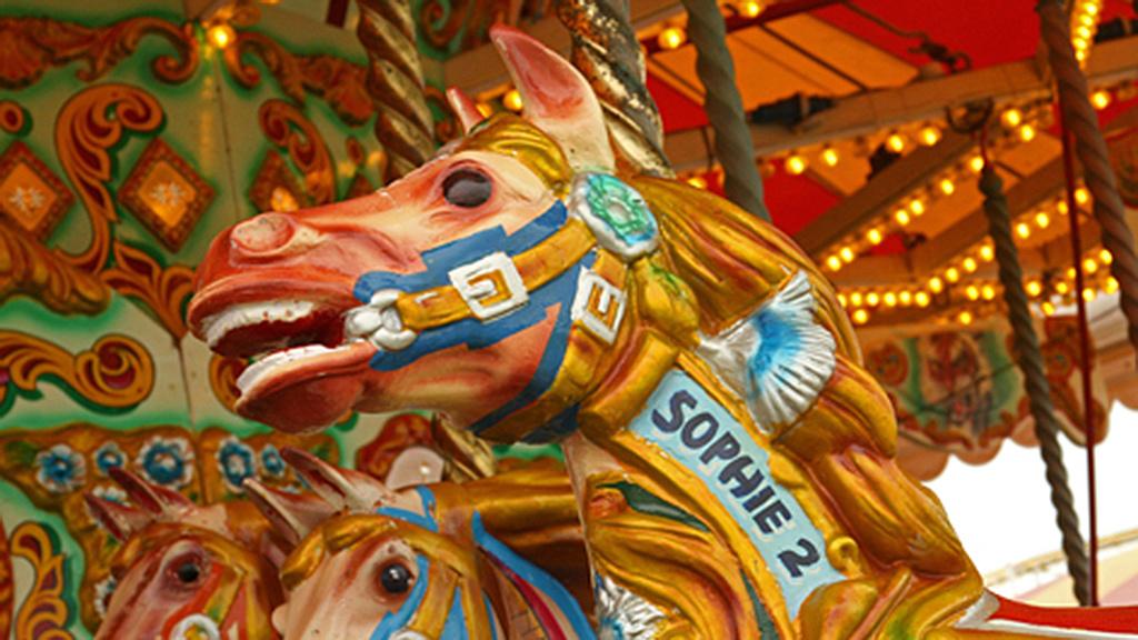 Matches/Carousel Horses/Fine Porcelain/Car Fuel Tanks